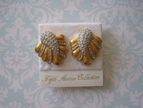 Vintage Butler Fifth Avenue Feather Plume Rhinestone Earrings US$18.00 plus shipping!  https://www.etsy.com/ca/listing/210318897/vintage-butler-fifth-avenue-feather?ref=shop_home_active_12