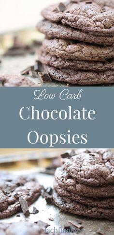Chocolate oopsies - low carb. Schokoladen-Oopsies - Wolkenbrot ohne Kohlenhydrate.  ........... low carb, lc, lchf, low carb süß, zuckerfrei, sugar free, glutenfrei, gluten free, low carb Süßigkeiten, low carb snacks, low carb süßigkeiten schnell, almonds, nuts, nüsse, zuckerfrei leben, zuckerfreie Rezepte, zuckerfreie Ernährung, gesunde Rezepte, gesund essen, ohne Zucker backen, ohne Zucker essen, ohne Zucker Rezepte, Schokoladen Cookies, Low Carb Backen, Low Carb nachtisch, xylit.