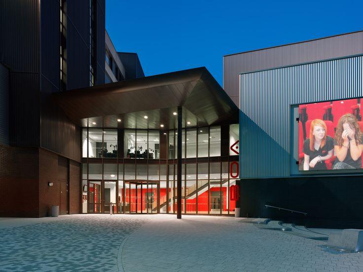 Gallery of Birmingham Ormiston Academy / Nicholas Hare Architects - 3