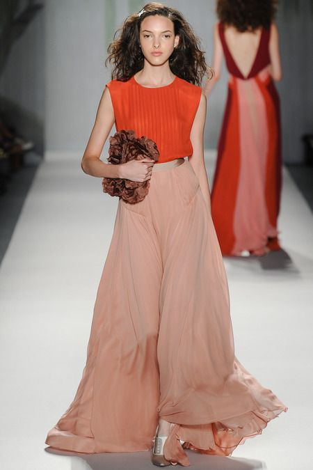 Jenny Packham | Spring 2014 Ready-to-Wear Collection | Style.com -- nice silhouette