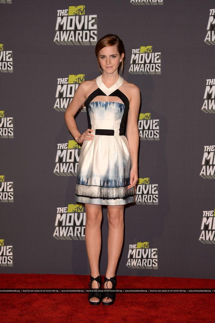 Bridget the midget pic