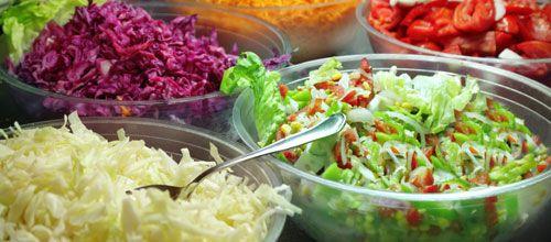 """9. Estou de dieta, vou almoçar uma saladinha ... Clique e leia: """"TOP 10 pegadinhas sobre alimentação saudável""""   #focoemvidasaudavel  #saude  #herbalife"""
