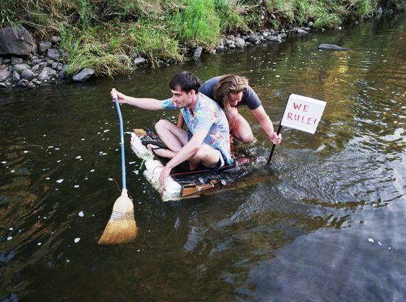 MAKE - VIDEO - The Making Of: Shitty raft - Two Thousand