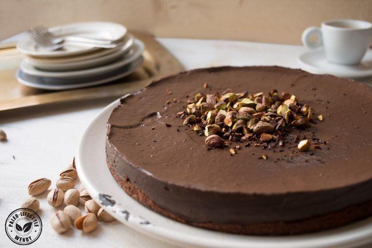 Chocoladetaart met pistachenoten