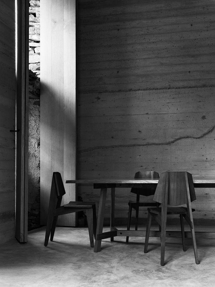 SHANGHAI CHAIR & PAPAT TABLE