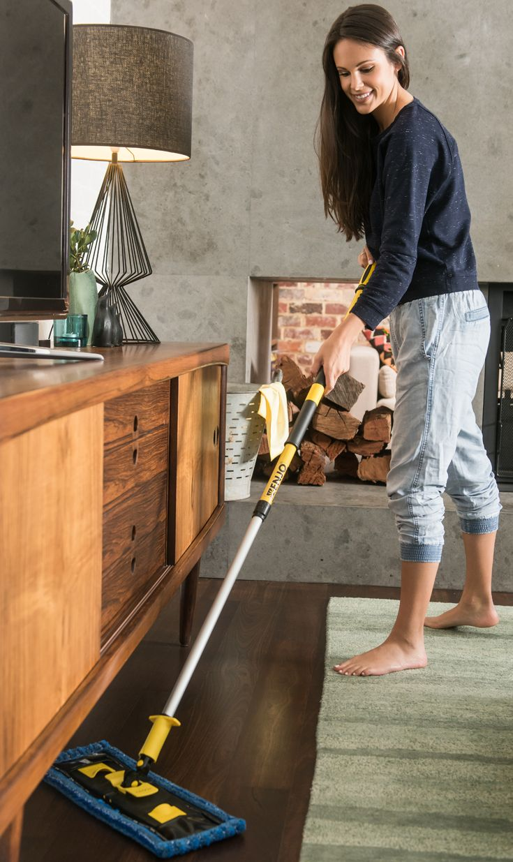 For floors that have a non-reflective finish, the Matt Floor Fibre is your go-to floor cleaning tool! Designed to clean matt surfaces including vinyl and tiles, when used with the ENJO Floorcleaner, the Matt Floor Fibre tackles dirt with just a little water and minimum effort, leaving your surfaces streak-free.