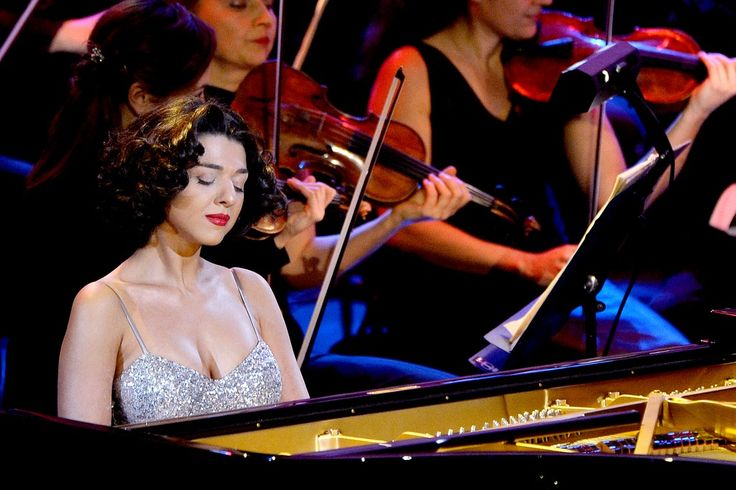 One of the world's most acclaimed young pianists, the future is bright for Khatia Buniatishvili. Ahead of her performance she tells us she yearns for the past, when individuality and personality were valued as highly as technical skill.