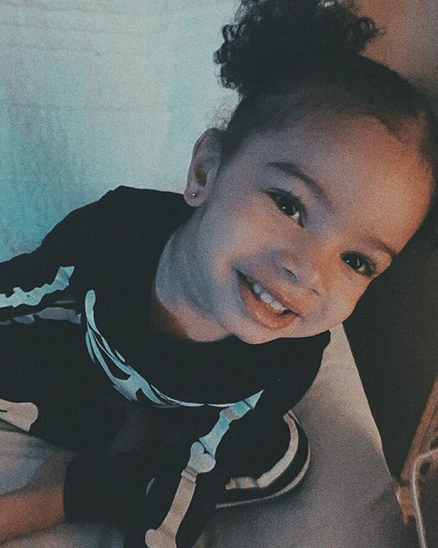 Bryson tiller's daughter ❤| @femalesosaa⚓