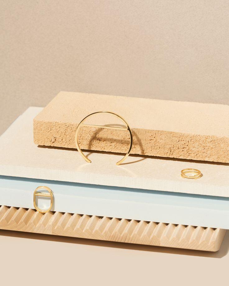 Bracelet 'Trove' Ring 'Garner' Ring 'Trove'  Photography: Ester Grass