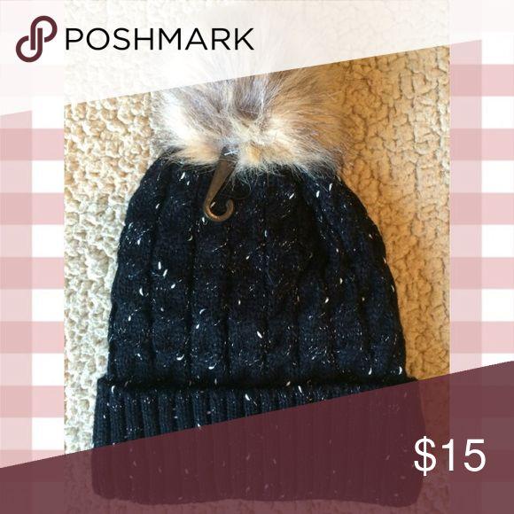Fur Pom Pom Beanie Hat NWT   My Posh Closet   Pinterest 312c4c44444