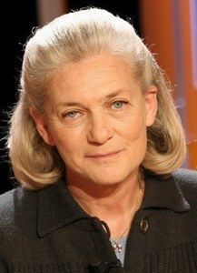 "Elisabeth Badinter ""Banaliser l'image de la femme voilée, c'est l'ériger en norme"""