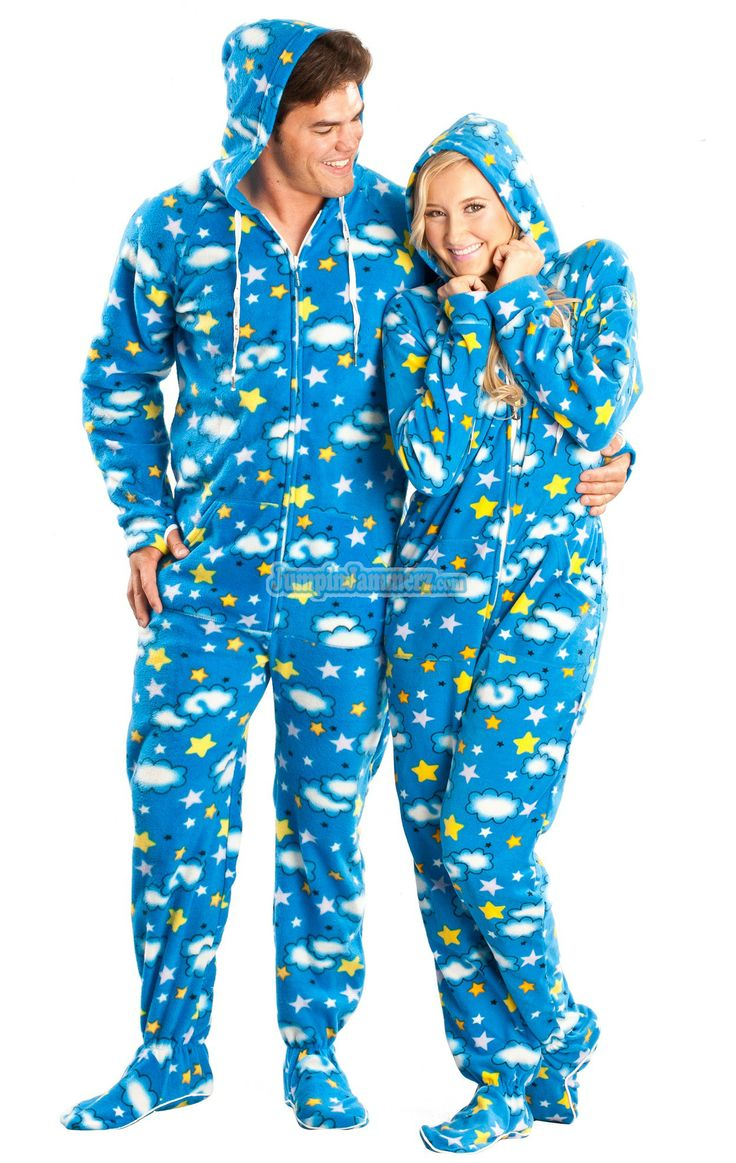 Fun and stylish pajamas for the whole family can be found at Old Navy. Choose from a wide variety of designs, colours and styles that will keep you looking great as you sleep the night away.