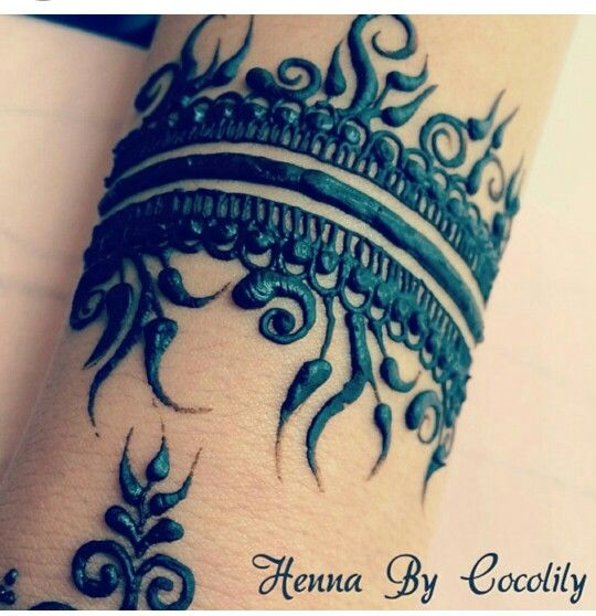 Henna bracelet design