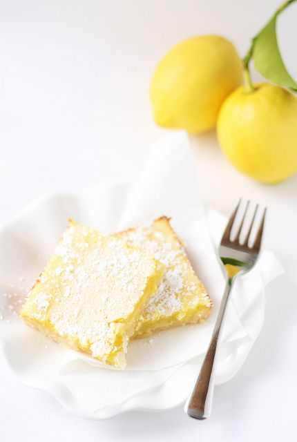 sweetcakes bakeshop: Lemon Bars