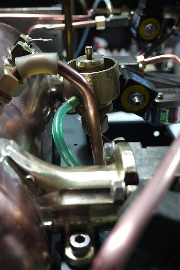 Dayo Hellas Service | Service μηχανών espresso - πωλήσεις | Reneka Cafina zoom