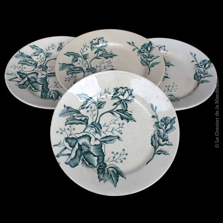 lot de 4 assiettes plates fa ence ancienne rose de no l. Black Bedroom Furniture Sets. Home Design Ideas