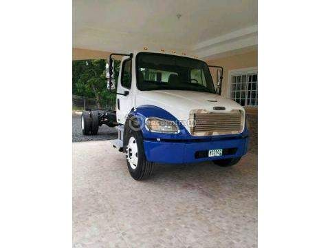 Camiones y Buses   Freightliner m2 Panamá 2005   Camion Freightlinder M2