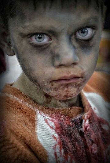 Make up boy (zombie)