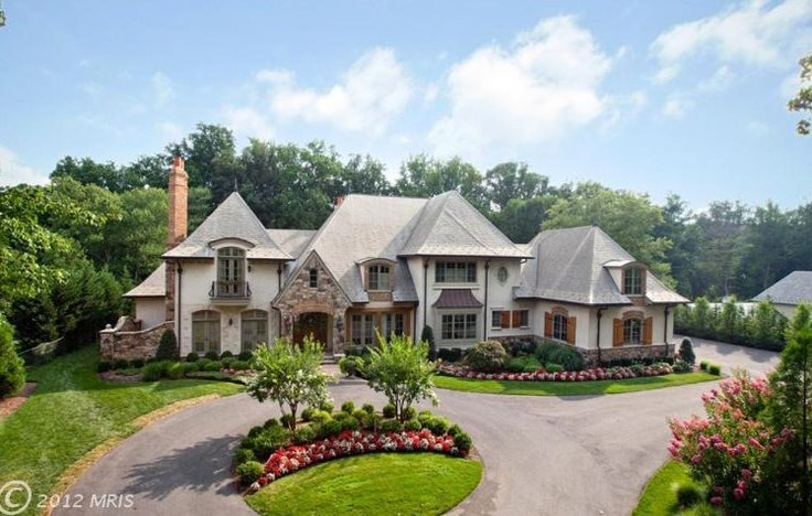 D.C. Real Estate: Gigantic Houses At Every Budget (PHOTOS)