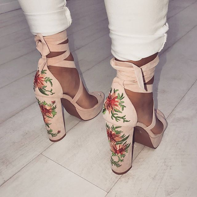 Find More at => http://feedproxy.google.com/~r/amazingoutfits/~3/j3a5dhzM7SM/AmazingOutfits.page