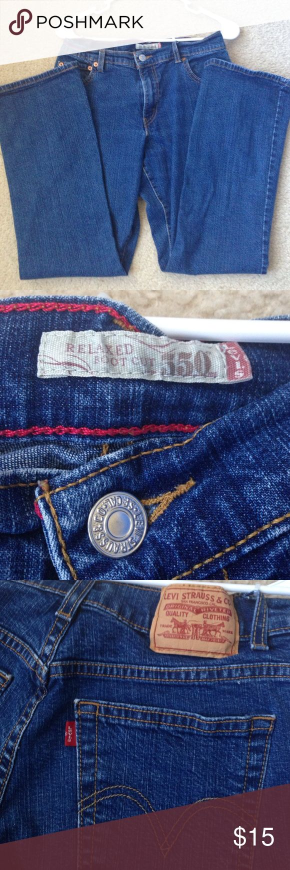 Levi's 550 Relaxed Boot Cut jeans Size 6s Levi's 550 jeans 👖.  In excellent condition! Levi's Jeans Boot Cut