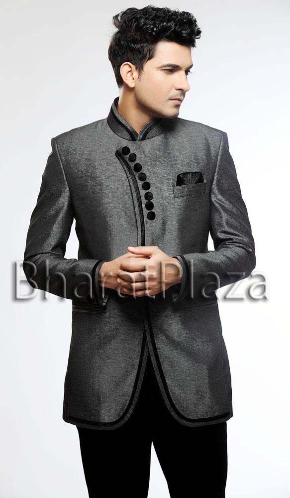 Unique Dark Grey & Black Suit. Item code: TSJ4068 https://twitter.com/bharatplaza_in https://www.facebook.com/bharatplazaindianbridal