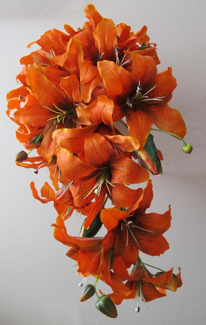 Calla Lilie Orange Tiger Lily | Tiger lily cascade bouquet