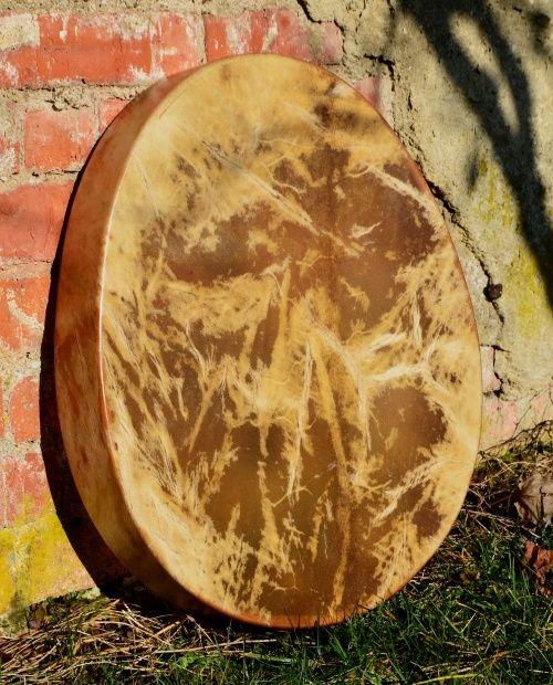 Šamanské bubny vejcovit
