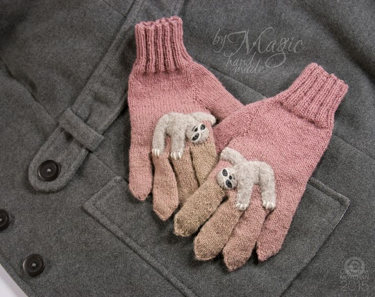Hand knitted gloves with sloth, medium size, winter warmer, knitting, sheep wool, gloves for woman, warm gloves, winter gift, woman clothing - pinned by pin4etsy.com