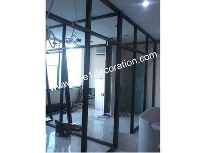 #partisi #sekat #pembatas #ruangan #kantor #rumah #kaca #tempered #frameless #aluminium #kusen #frame #shop front