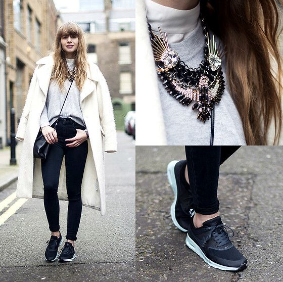 Asos High Waisted Skinny Jeans, Nike Air Max Thea, Otte Cashmere Sweater, Coach Mini Borough Bag