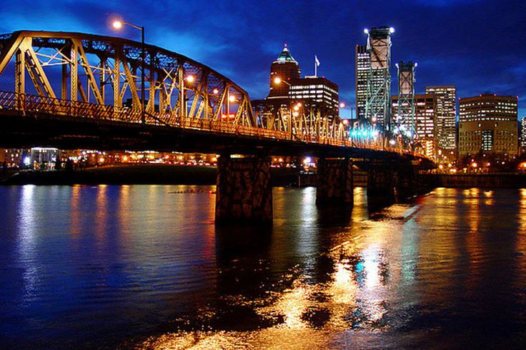 Portland travel guide on the best things to do in Portland, OR. 10Best reviews restaurants, attractions, nightlife, clubs, bars, hotels, events, and shopping in Portland.