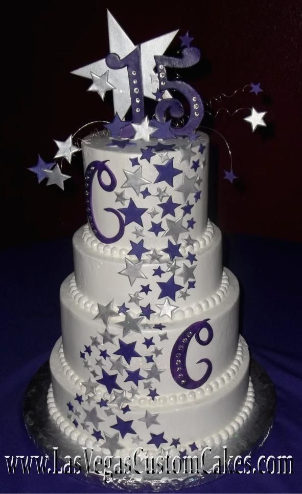 What a wonderful cake for your quince themed Under the Stars. Que bello pastel para tu quince con el tema Bajo las Estellas.