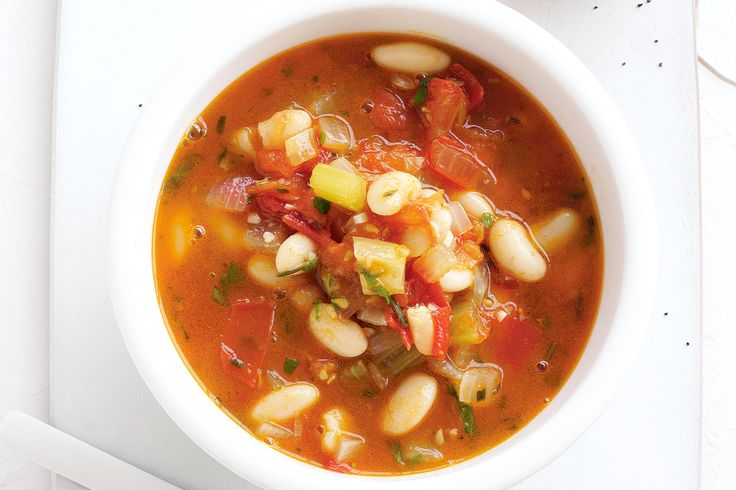 Chunky tomato, celery and bean soup  (vegetarian) (excellent!)