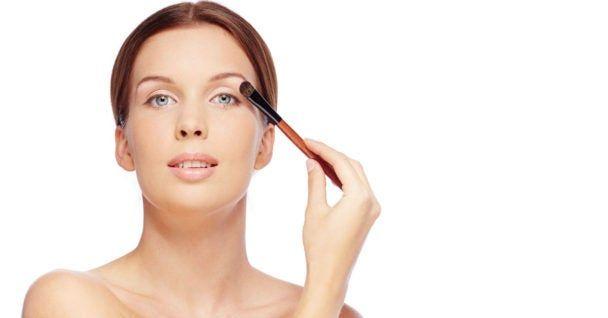 2 vezes por semana, ela passa assando sob os olhos – e você quer fazer o mesmo!   – beleza