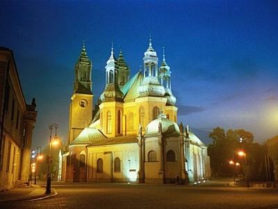 Wyniki Szukania w Grafice Google dla http://www.experiencepoland.com/images/poznan-church.jpg