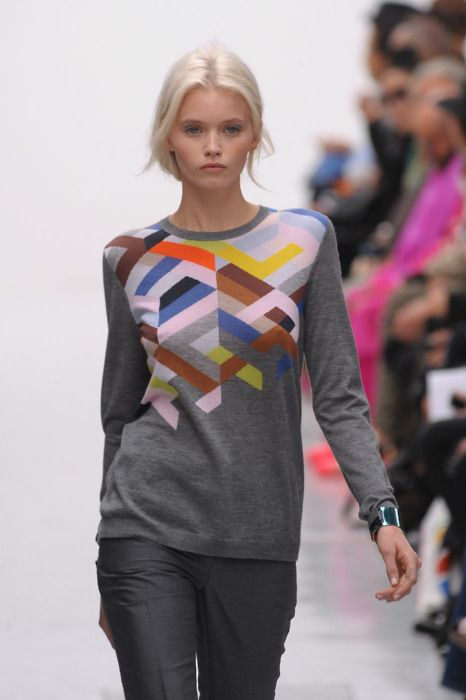 <3 this sweater...