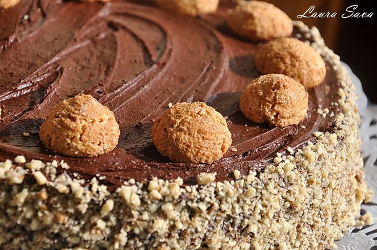 Tort cu Nutella si alune de padure