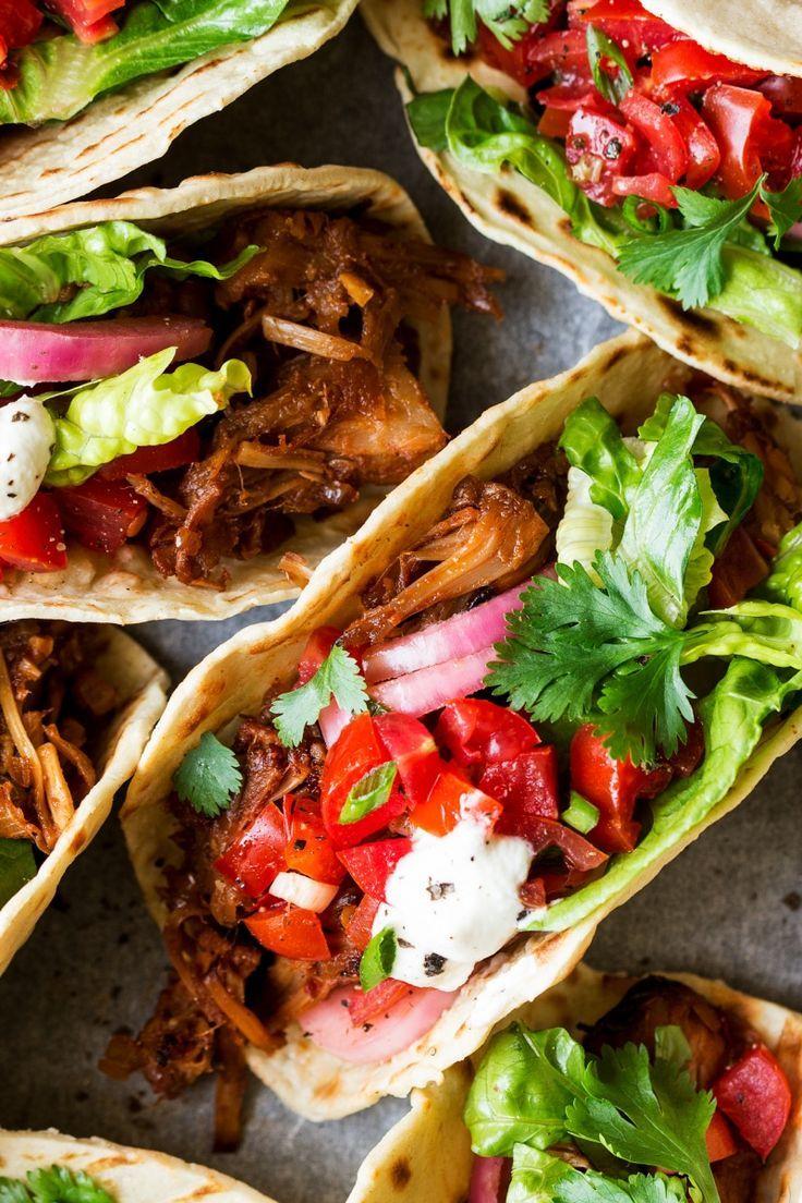 pulled jackfruit tacos vegan