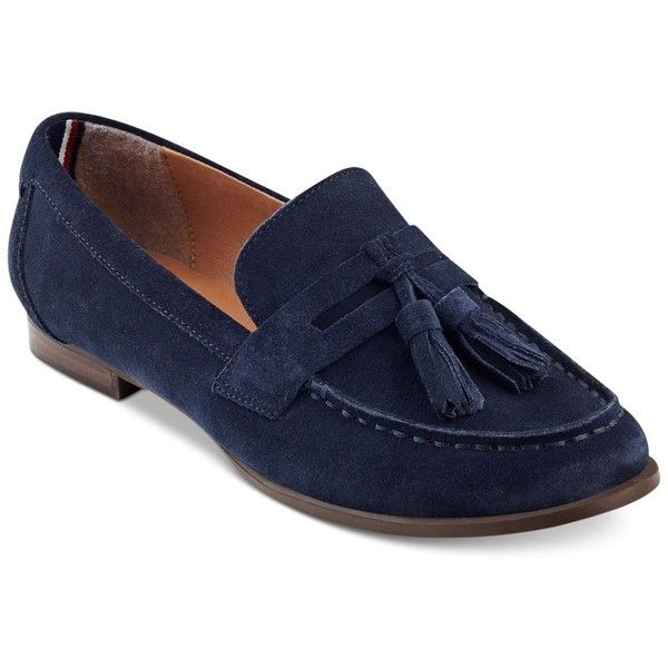 Tommy Hilfiger Sonya Tassel Loafers ($55) ❤ liked on Polyvore featuring shoes, loafers, navy suede, tommy hilfiger shoes, navy blue suede shoes, navy blue loafers, tassel loafer shoes and tassle loafers