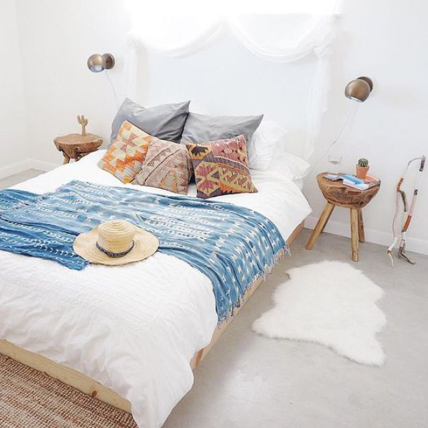 Dwell Beautiful Shares How To Get The Gorgeous Modern Bohemian Bedroom Look  In Your Home.