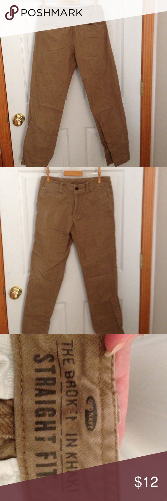 Old Navy Men's Khaki pants Old Navy men's khaki pants straight fit size 28x30. Excellent condition just need to be ironed. Old Navy Pants Chinos & Khakis