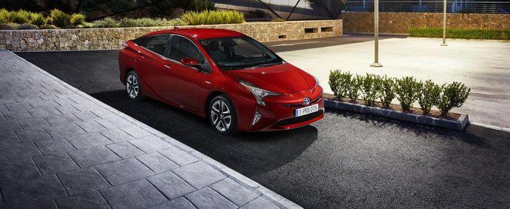 Salonul de la Frankfurt 2015: Noua Toyota Prius debuteaza oficial