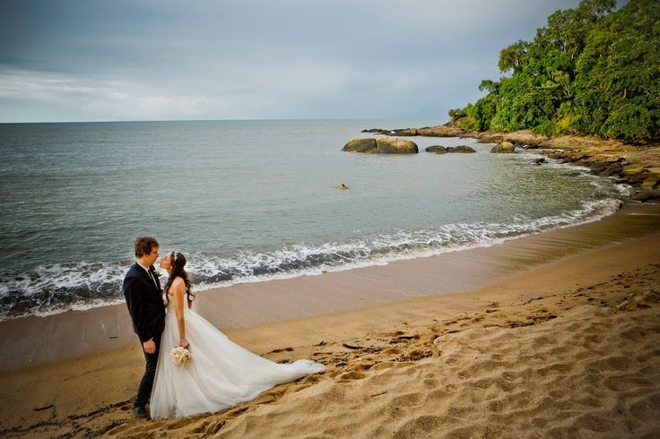 Elopement at Angel Cove, Trinity Beach, Qld