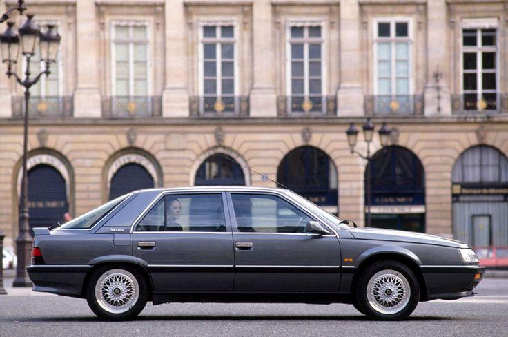 Pas de doute, la R25 V6 Turbo Baccara se veut grand luxe.