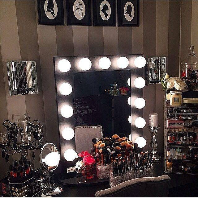 In Love With This Amazing U0026 Very Talented Dollu0027s Makeup Room 😍🙌