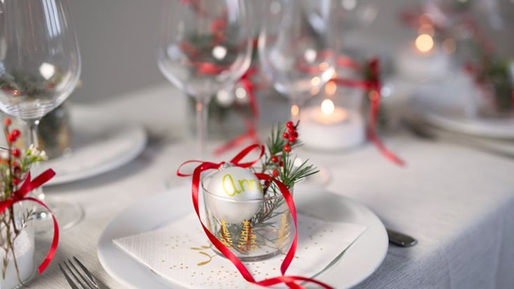DIY: How to set a Christmas-inspired table by Søstrene Grene