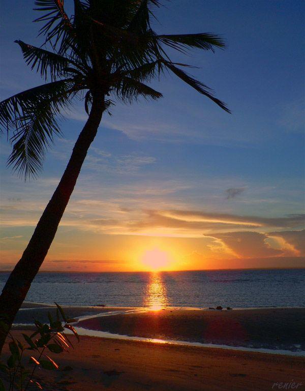 I left my heart here. Would love to go back. Paradise Sunrise - Bantayan Island, Cebu