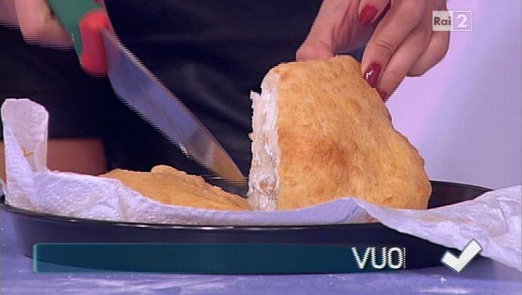 Detto Fatto | Ricetta pizza fritta di Ciccio Pasticcio