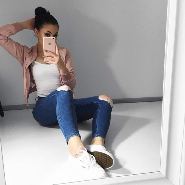15+ best ideas about Baddies Outfits on Pinterest | Pink bomber jacket Swag outfits and Teen pink